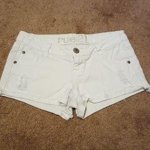 Rue21 white shorts size 1/2